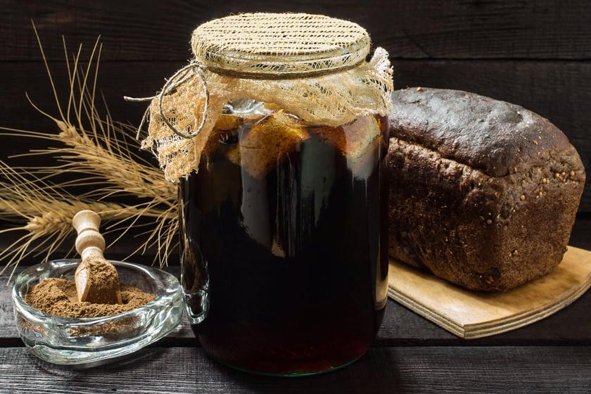 How to Make Kvass [Bread Kvass Recipe]