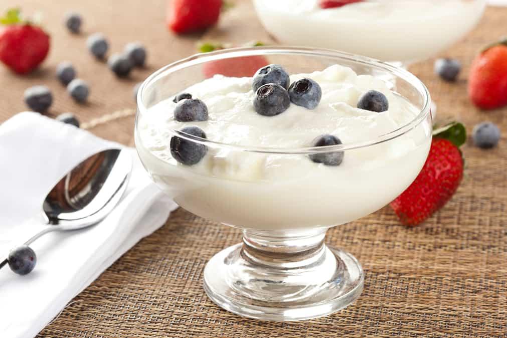 How to Make Greek Yogurt [Simple Recipe]