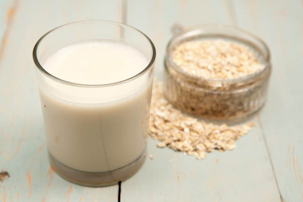 Oats milk yogurt