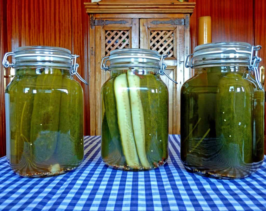 How to Make Pickled Cucumbers at Home